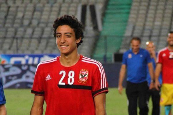 Photo of محمد هاني يخضع للفحص الطبي في الأهلي