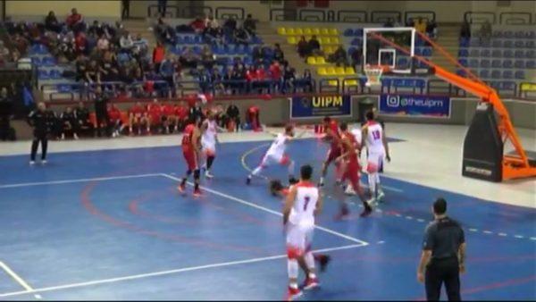 صورة من مباراة الزمالك و الأهلي في دوري المرتبط