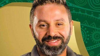 Photo of حازم امام على رأس الدفعة الجديد للدراسين فى دبلومة فيفا