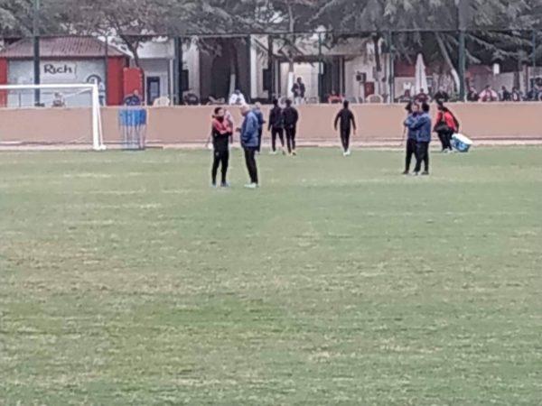 محمد يوسف يجتمع مع محمود وحيد لاعب الأهلي الجديد