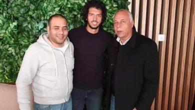 Photo of عمرو بركات ينضم لنادي سموحة رسمياً