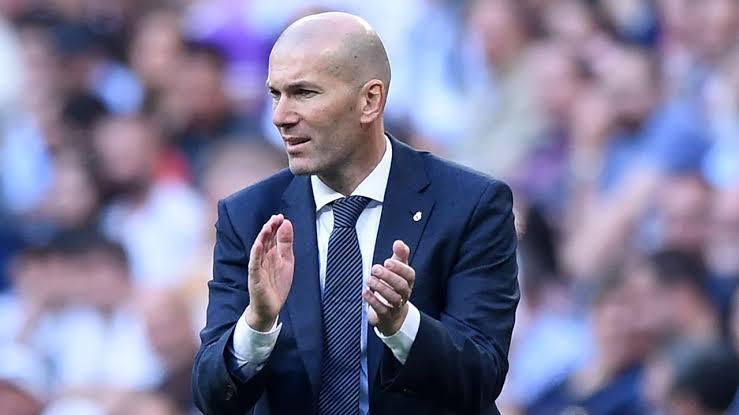 زيدان يعلن قائمة ريال مدريد ضد فالنسيا