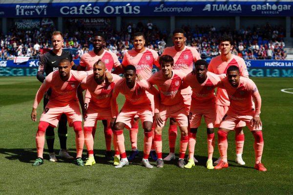 برشلونة ضد ويسكا