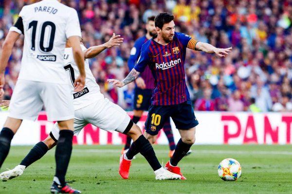 """أهداف مباراة برشلونة ضد فالنسيا بنهائي كأس الملك """"الشوط الأول"""""""