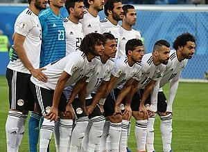 Photo of مصر ضد أوغندا.. الفراعنة بالطاقم الأبيض وحكم سنغالي