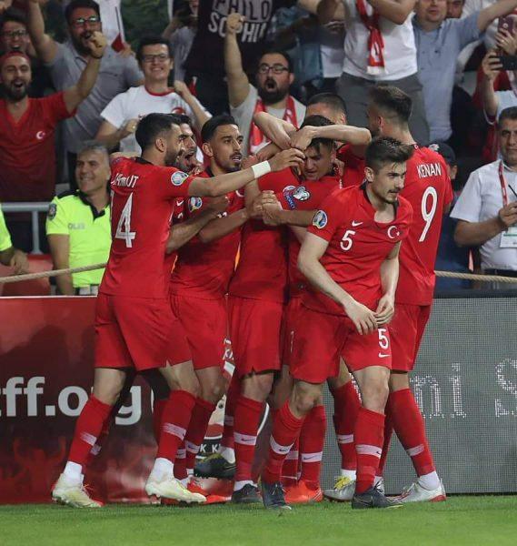 ملخص ونتيجة مباراة تركيا ضد فرنسا بكأس الأمم الأوروبية