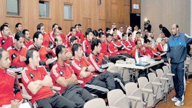 صورة الحكام الدوليون الى تونس والجزائر للمشاركة فى دورة تثقيفية