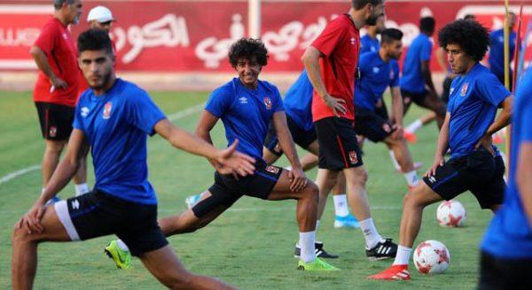 مباراة الأهلي ضد اطلع برة.. مران بدني للاعبين وحراس المرمي