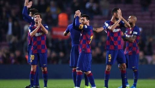ملخص ونتيجة مباراة نابولي ضد برشلونة في بطولة دوري أبطال أروبا