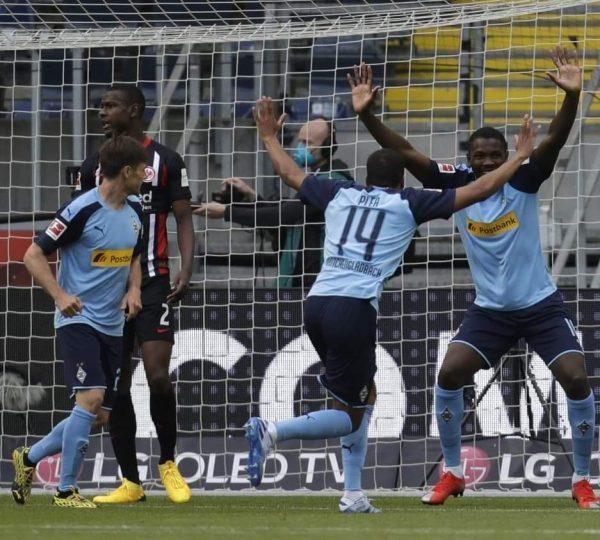 مخلص ونتيجة مباراة إينتراخت فرانكفورت ضد بوروسيا مونشنجلاتباخ في الدوري الألماني