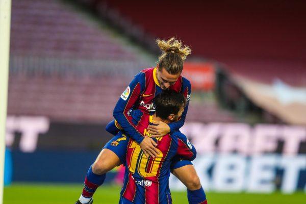 فيديو أهداف مباراة برشلونة وريال بيتيس اليوم 5-2 بالدوري الإسباني